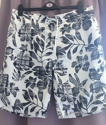 Men's Patterned Swim Shorts Size Extra Large