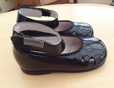 Baby Girl's Black Patent Andanines Leather Shoes. Size  Eu 21/ 4.5