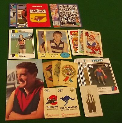 LOT OF 22 VFL/AFL FOOTBALL CARDS - 1922 to 1994