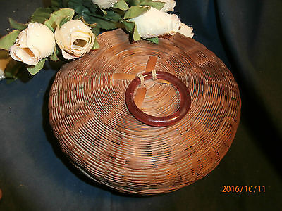 Antique VICTORIAN WICKER SEWING BASKET with CELLULOID PULL RING 7""