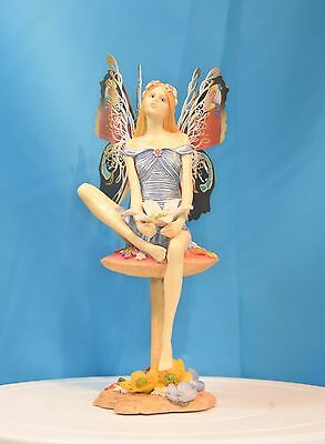 A Gorgeous Michael Talbot The Fairy Way Figure - 'gathering Dew'