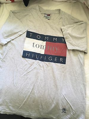 Vintage Tommy Hilfiger Tshirt Spellout Large