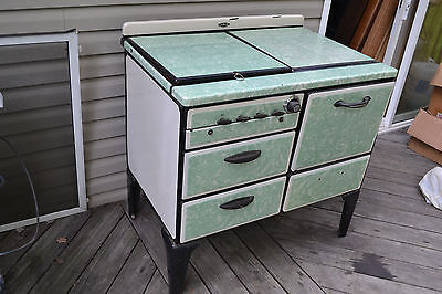Vtg Antique NORGE Green  porcelain cast iron gas cook Cooking oven stove Burners