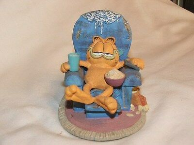 "The Danbury Mint Jim Davis Garfield ""Sittin Pretty"""
