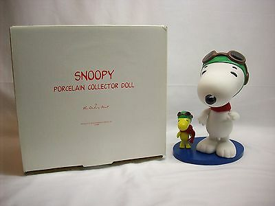 Snoopy Peanuts *RARE* porcelain jointed collector doll, Danbury Mint, NEW in box