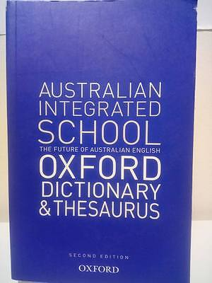 Australian School Oxford Dictionary and Thesaurus by Oxford University