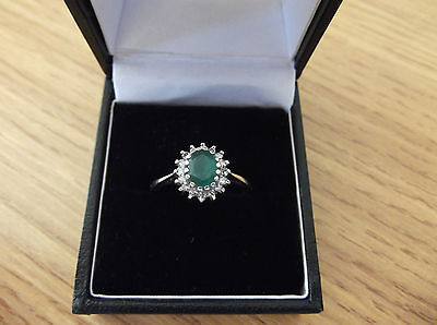 9ct Gold Emerald & Diamond Cluster Ring Size P