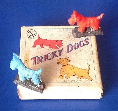 Two Scottie Dogs Novelty Magnetic Scientific Toy c.1950 Excellent