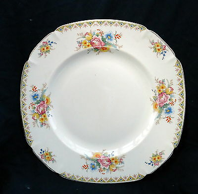 John Maddock & Sons Ivory Ware Plate With Floral Bouquet. Size 25 x 25 cm.