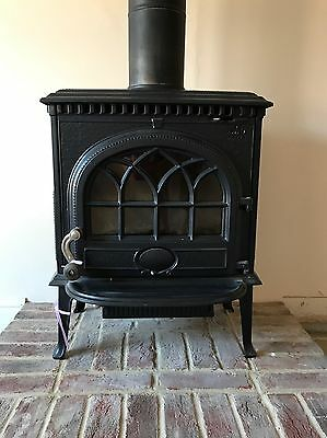 Black Cast Iron Multifuel Burner Nearly new condition