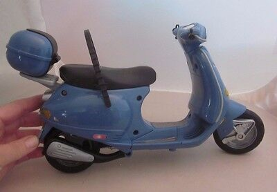 "BARBIE BLUE VESPA SCOOTER TOY VEHICLE MATTEL ""My Scene"" 2002 Moped"