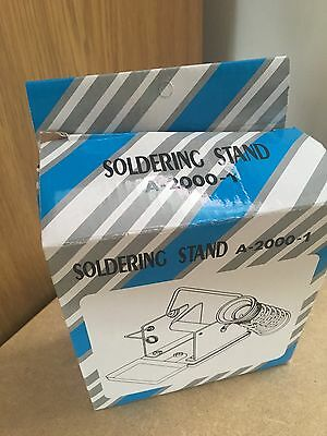 a-2000-1 soldering iron stand with solder dispenser