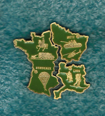 Lot de 3 pin's MILITAIRE - ARMEE - carte de France - puzzle