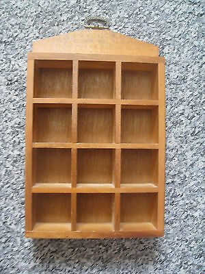 Thimble wooden display case: Holds 12 thimbles.