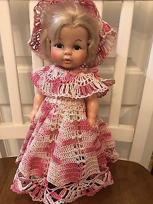 Vintage Eegee,  Softina 1971 Painted Eyes Frozen Body Vinyl DRINK AND WET DOLL
