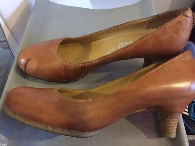 CLARKS Shoes Heels Size 6.5 Leather Black Made In Brazil