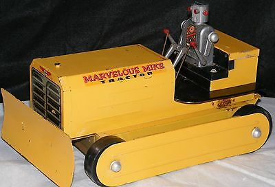 Marvelous Mike Robot Tractor Battery Op. Toy Saunders VTG 1950s
