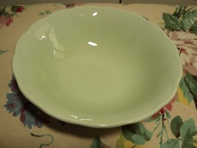 """GRINDLEY ENGLAND ALMOND PETAL 6½"""" BOWL in 1930's style mint green"""