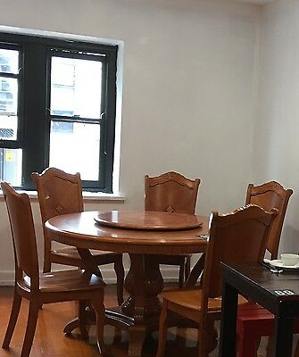 Round Solid Wooden Dinning Table With 8Chairs