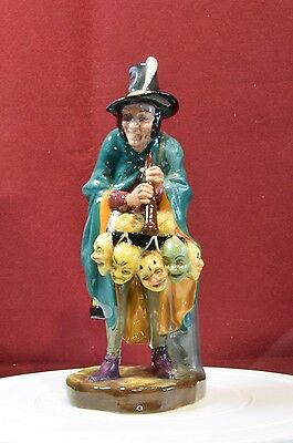 A Lovely Vintage Royal Doulton Figurine 'the Mask Seller' Hn 2103