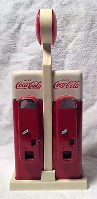 Coca-Cola Salt & Pepper Shakers~ Shaped Like Coke Machines 1993 Great Condition