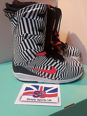 NIKE SB LUNARENDOR QS [616682 061] Limited Edition Snow Board Boots UK 7.5