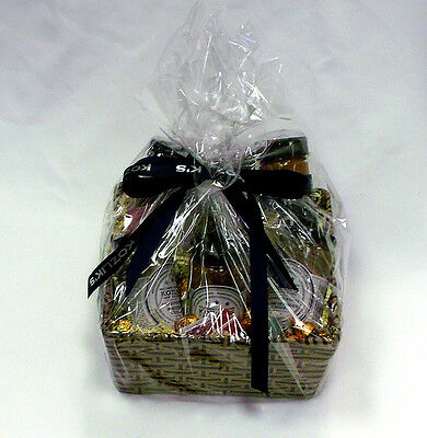 Kozliks Canadian Mustard - Gift Basket with 5 Exotic Mustards and 3 Spice Rubs