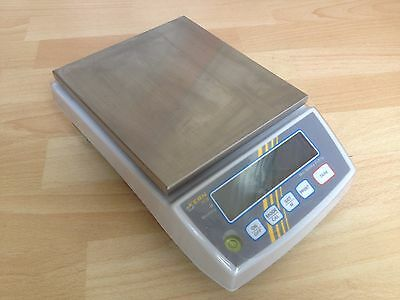 Kern PCB 6000-1 6Kg Digital Scales. (Accurate to 0.1g)