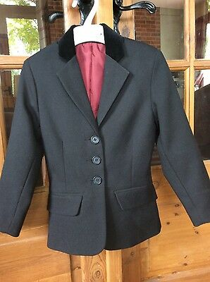 Girls show jacket size 24