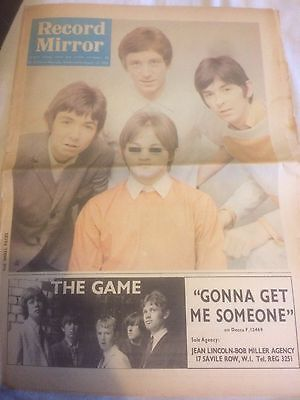 Small Faces Record Mirror August 1966 elvis