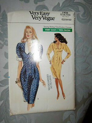 Oop Very Easy Very Vogue 7432 misses loose fitting tapered dress size 12-16 NEW