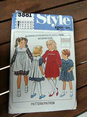 Oop Style 3581 Girls smocked dress and pinafore size 2-6 NEW