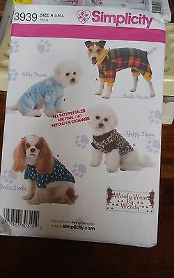 Oop Simplicity 3939 dog jacket clothes sizes s-l NEW