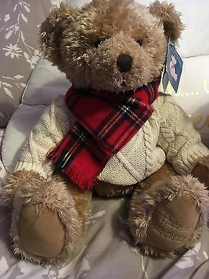 New Harrods Christmas Bear Giles 2002.  Free Postage