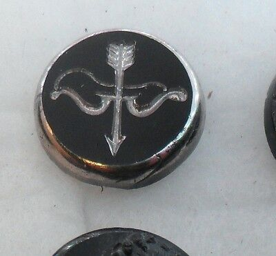 "WOW 3/4"" Silver Luster Bow and Arrow GlassBlack Antique Button 489:22"