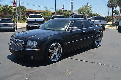 "2006 Chrysler 300 300C 2006 Chrysler 300C Hemi 5.7 V8 Low Miles Leather Sunroof 22"" Custom Vellano rims"