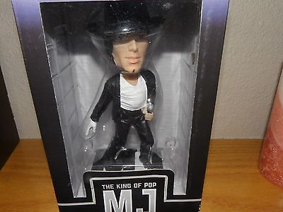 Michael Jackson bobblehead King of Pop figurine 2009 New in box.
