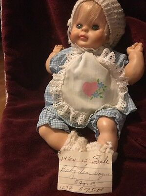 "12"" Vintage Vogue Baby Dear Dream Baby Doll 1964 With Her Clothes Very Good Cond"