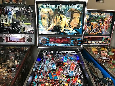 Pinball Machine, Demolition Man