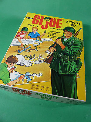 vintage 1960's GI Joe Whitman Activity Box Pappaufsteller Soldaten