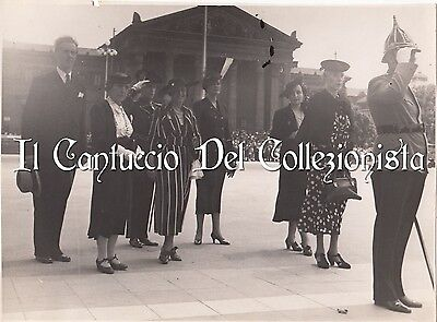 Budapest Photo Malta? knights procession Hungary Forrai photograph CBKD4