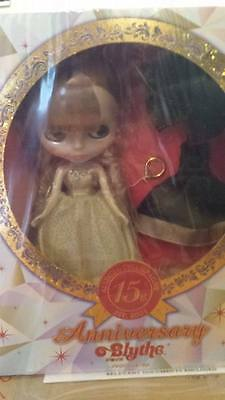 CWC Ex. 15th Anniversary. Neo Blythe Allegra Champagne Doll  - NRFB - IN UK