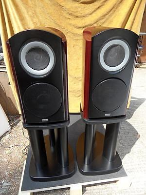 TAD Compact Reference 1 speakers with stands