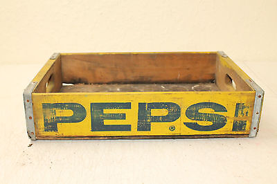 PEPSI COLA SODA BOTTLE CRATE VINTAGE WOODEN CARRIER ADVERTISING NO SLOTS Yellow
