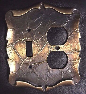 VTG Amerock Carriage House Antique Brass Single Switch/Double Outlet Cover Plate