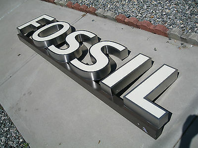 "FOSSIL Light up sign store display vintage 1980's   - it's   78"" long  !!"