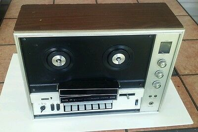 Magnoavox solid state stereo reel to reel tape recorder  model # lk8874
