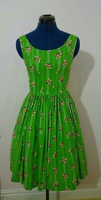 Original true vintage 50s 60s green cotton print dress