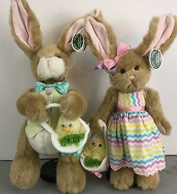 The Bearington Collection Easter Bunnies Boy & Girl w/ Chick Charlie Heather New