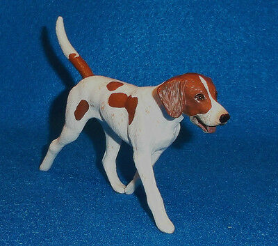 """fox Hunting"" Brown & White ""english Foxhound"" Breyer Traditional Model  #3359"